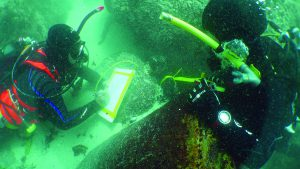 underwater-archaeology-2_iziko