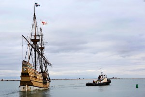 Mayflower II in tow