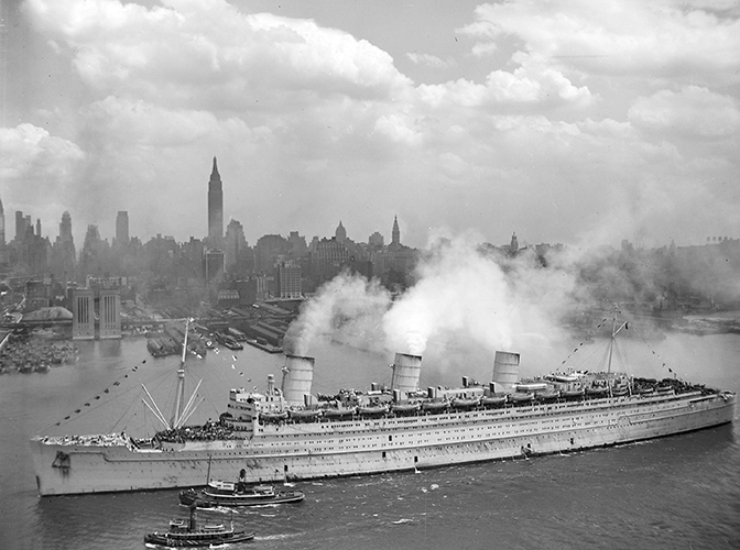 RMS_Queen_Mary_NewYork_SM