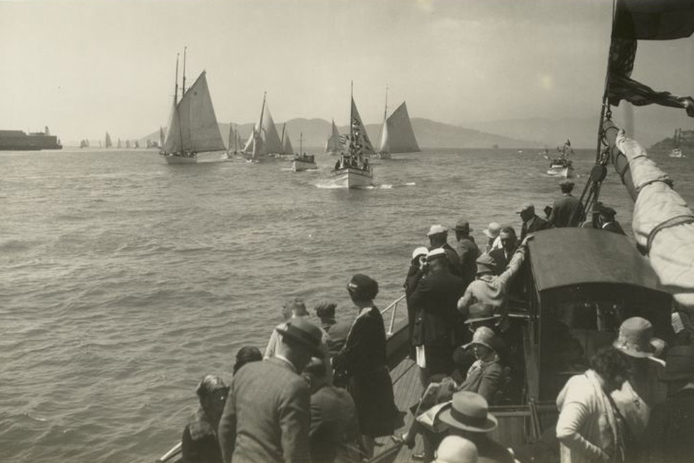 Maritime Image Collections Photo